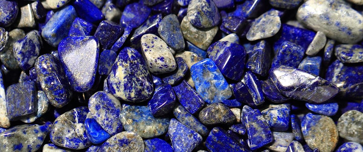 Les vertus de la pierre Lapis lazuli
