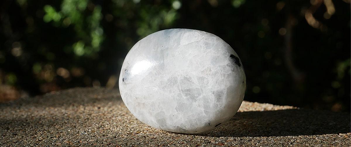 Les vertus de la pierre de lune