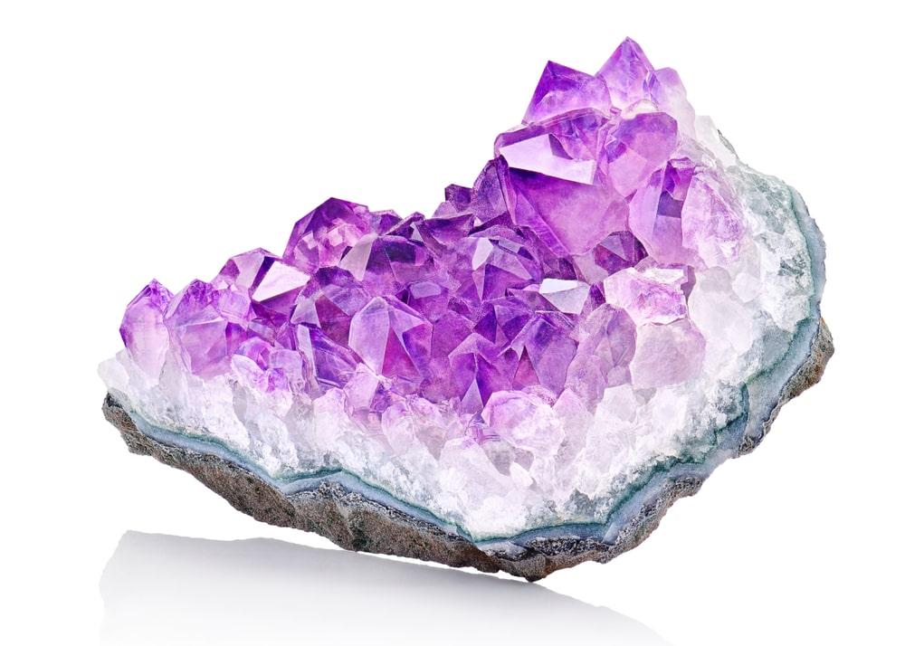 Pierre naturelle cristal améthyste